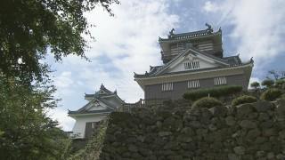 復元された越前大野城