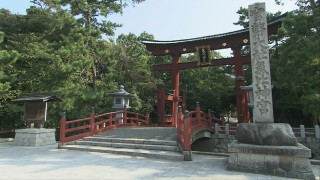 日本三大木造大鳥居のひとつは氣比神宮