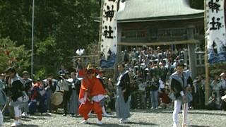 王の舞が奉納される宇波西神社