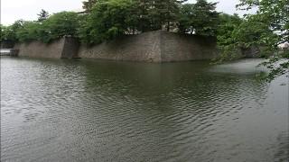 福井城の石垣と内堀